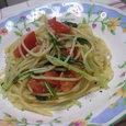 ツナとトマトと水菜のペペロンチーノ