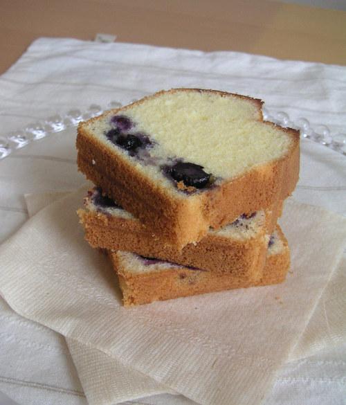 ブルーベリーのふわふわケーキ