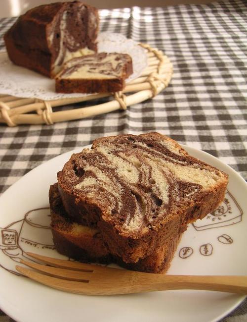 マーブルチョコのパウンドケーキ
